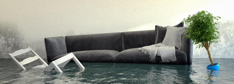 Bankstel drijft door de woonkamer